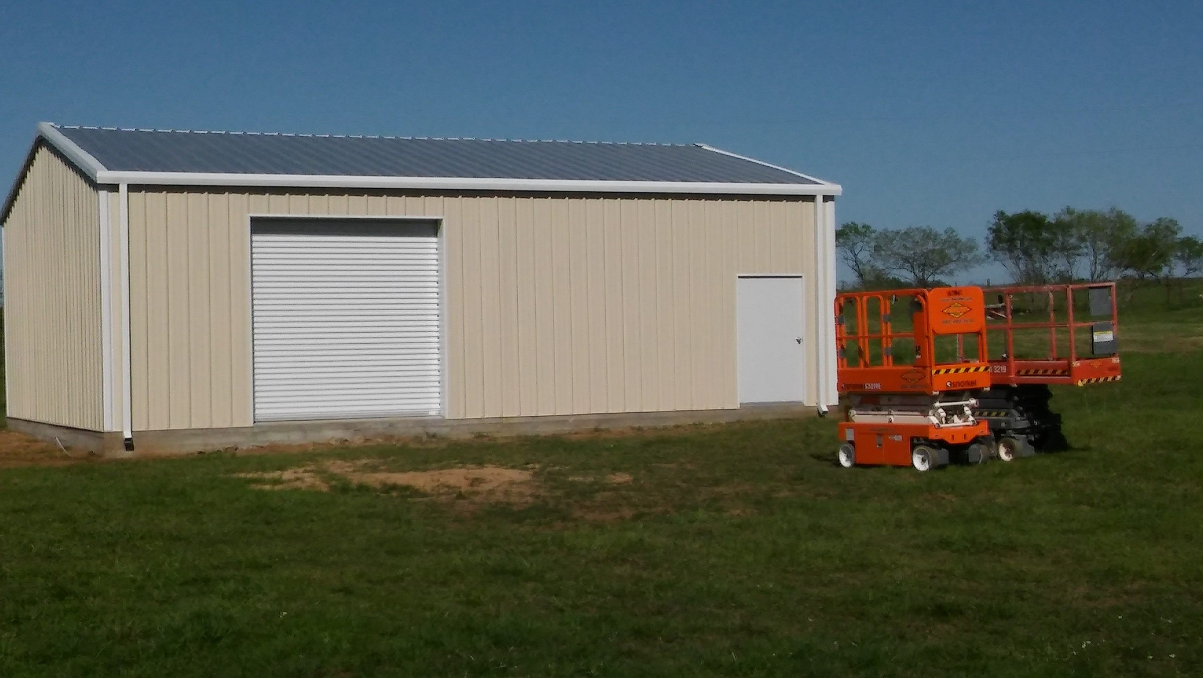 The finished metal Race Car Shop.