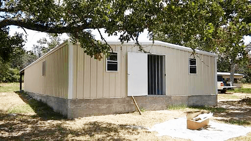 Front entrance to the offices and feed rooms.