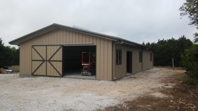 Another fabulous steel building by Simply Metal Structures, LLC.